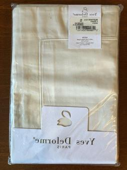 17 Yves Delorme & Frette, Lot of Shams and Pillow Cases, Pre