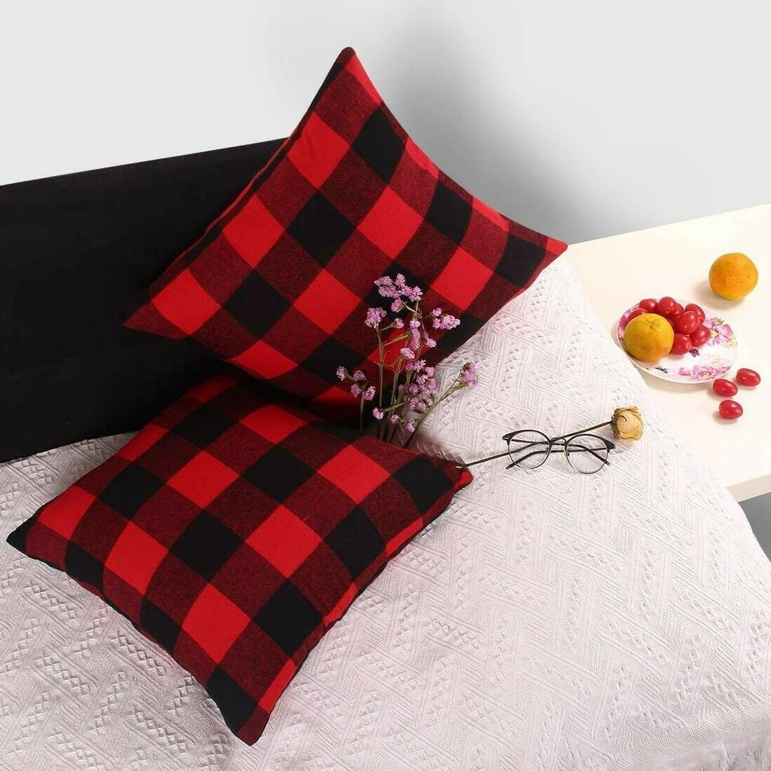 3 Pillow Throw Covers