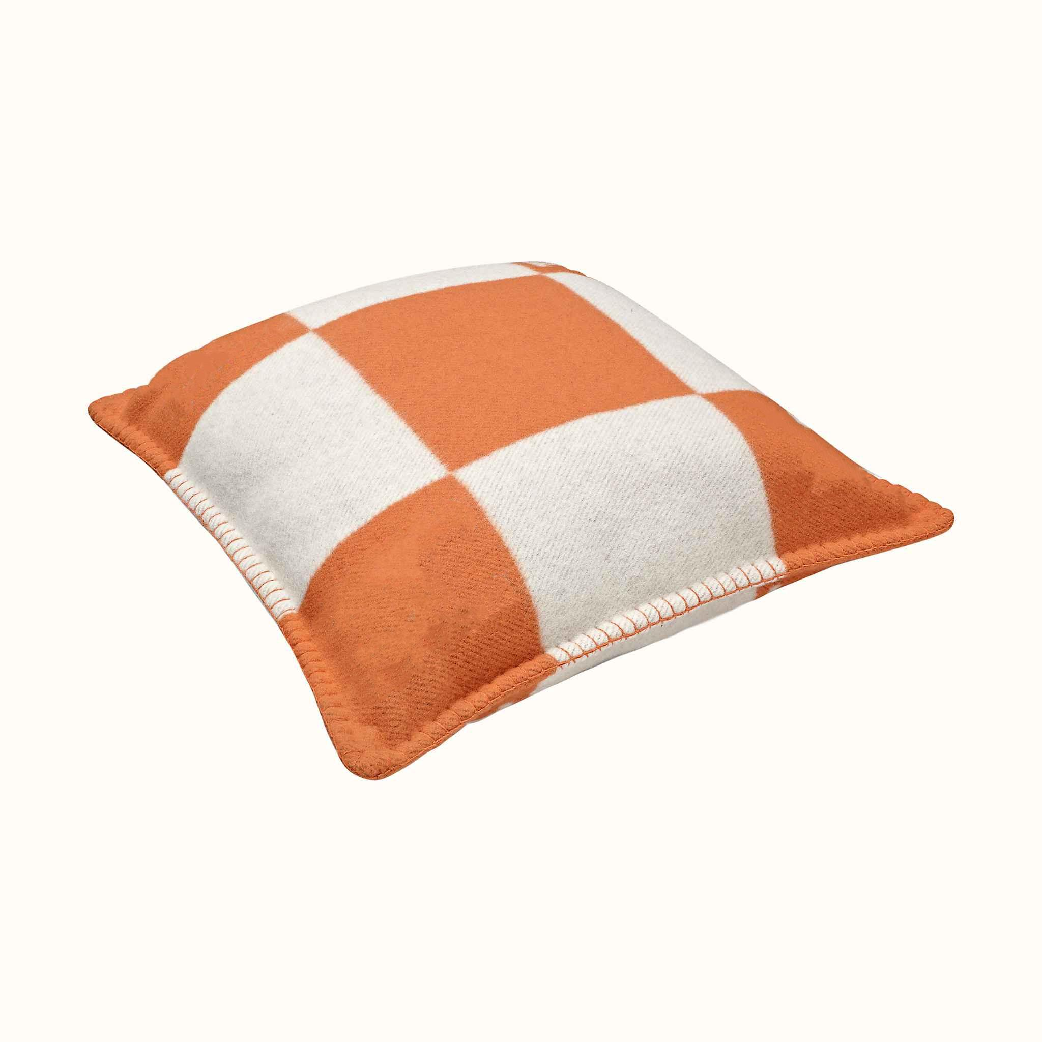 Plaid H Cashmere Soft Home Decor Bed <font><b>Body</b></font> with Blanket
