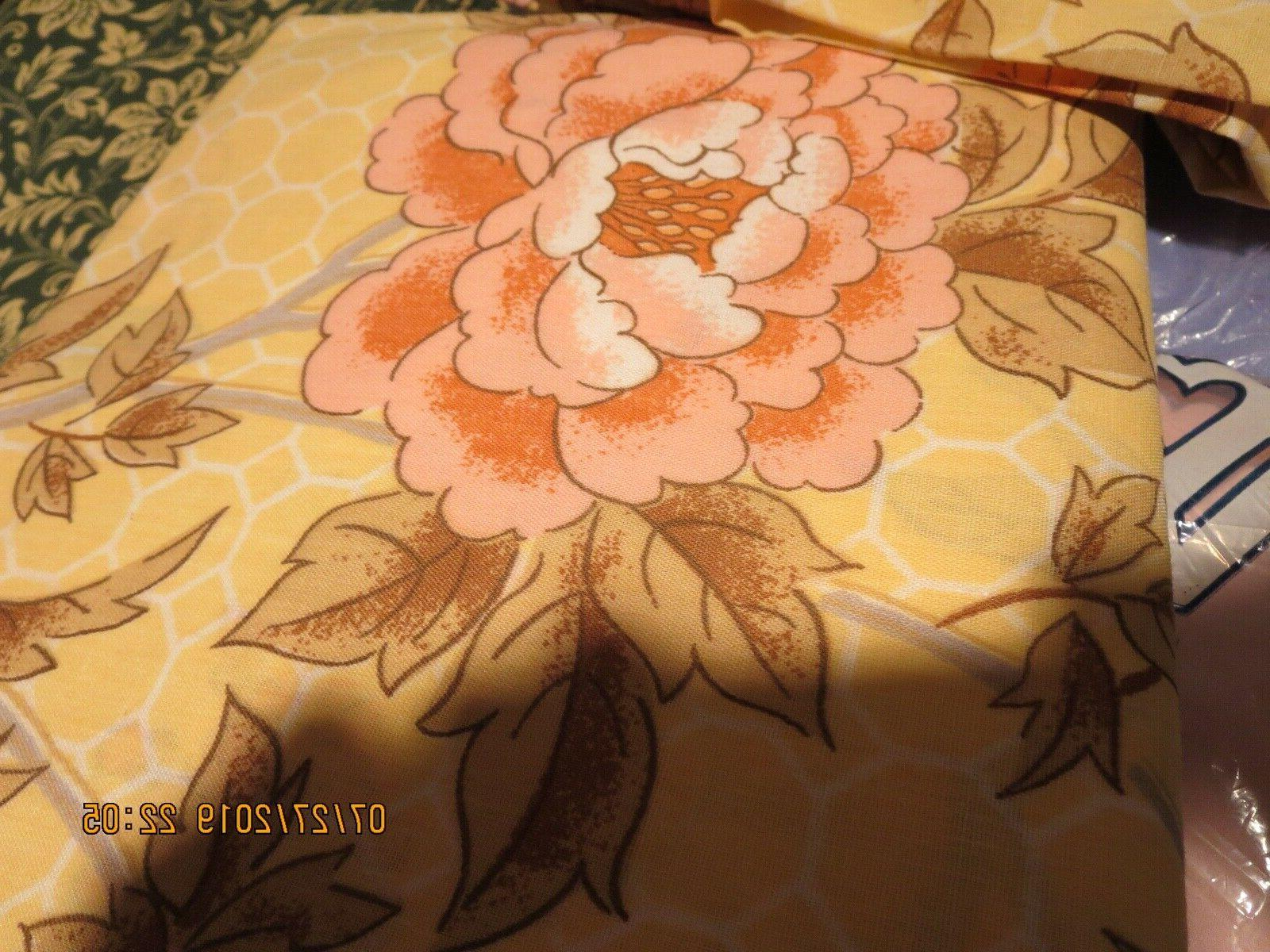 SET OF TWIN SHEETS + 2 PILLOW CASES--FLORAL DESIGN----#G20