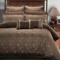 Luxury Janet 12PC King Size Bed in a Bag Set. Incudes: One D